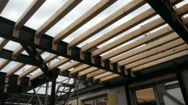 houten balk laag leggen